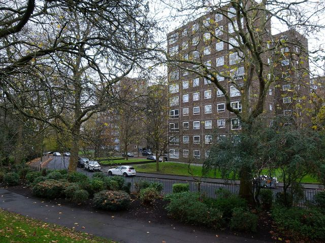 2015-london-woolwich_morris_walk_estate_10